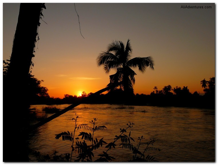 4000 Islands, Laos, Mekong sunset