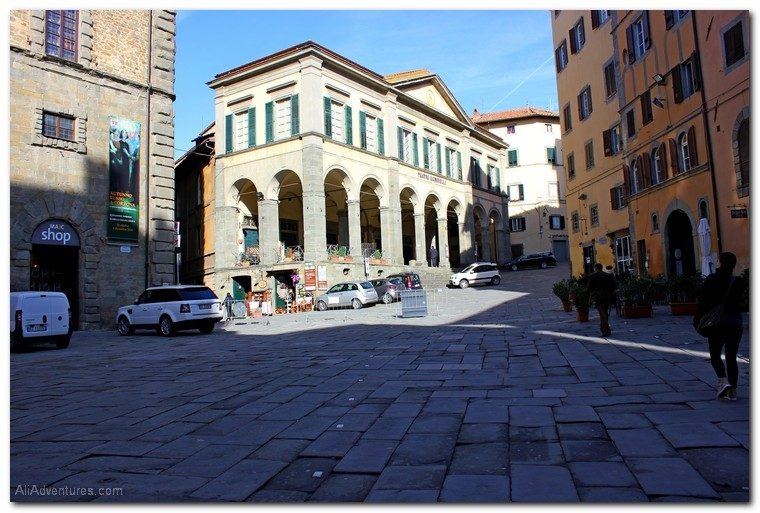 Cortona, Italy photos