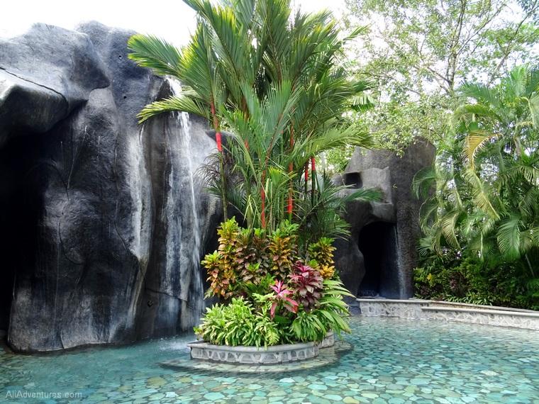 3 Days in La Fortuna, Costa Rica Relaxing in Hot Springs