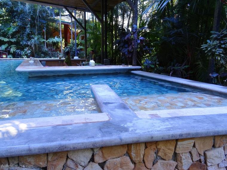 where to stay in La Fortuna, Costa Rica - Baldi Hot Springs Resort - swim-up bar