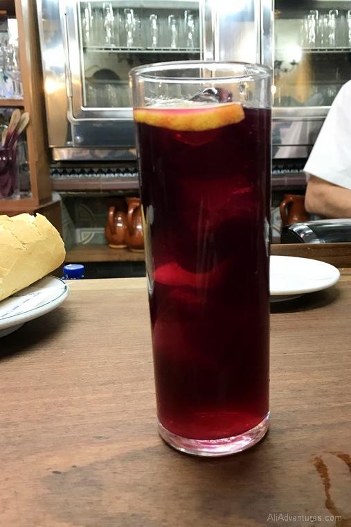 what to eat in Madrid - Madrid tapas food tour tinto de verano