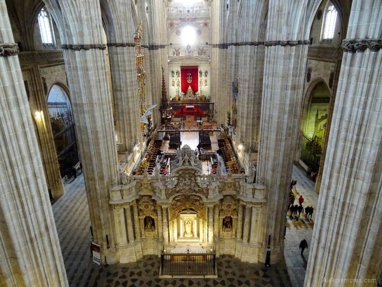 Salamanca cathedral inside