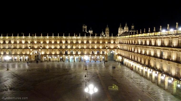 Salamanca view of Plaza Mayor nighttime